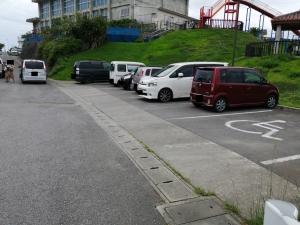伊波公園駐車場