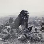 沖縄戦で米軍の弾除けに利用される富盛の石彫大獅子