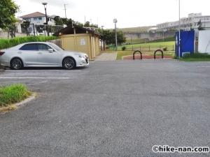 昆布公園_広い駐車場 (2)
