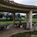 【2021年】連結型の巨大遊具が楽しすぎる!沖縄市の黒潮公園は広場と巨大遊具が魅力的な公園です!_休憩所4