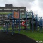 【2021年】連結型の巨大遊具が楽しすぎる!沖縄市の黒潮公園は広場と巨大遊具が魅力的な公園です!_連結型巨大遊具3