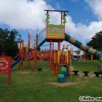 【2021年】遊具が密集+目立つすべり台が特徴!沖縄市の八重島公園に遊びに行ってみよう!Aエリア_連結型巨大遊具