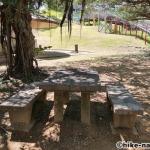 【2021年】遊具が密集+目立つすべり台が特徴!沖縄市の八重島公園に遊びに行ってみよう!Bエリア_休憩所3