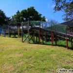 【2021年】遊具が密集+目立つすべり台が特徴!沖縄市の八重島公園に遊びに行ってみよう!Bエリア_巨大滑り台