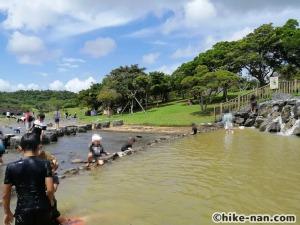 うるま市の倉敷ダム「やんばるの森(ヤンバルムイ)」水遊び体験をご紹介します!_やんばるの森(ヤンバルムイ)_こんな感じで溜池になっていますので泳ごうと思えば泳げます