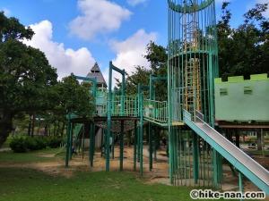 【2021年】言うことなしの大型公園!沖縄市の沖縄県総合運動公園内にある大型遊具施設に遊びに行ってみた!_アトラクション遊具10