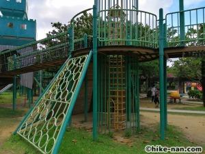 【2021年】言うことなしの大型公園!沖縄市の沖縄県総合運動公園内にある大型遊具施設に遊びに行ってみた!_アトラクション遊具13