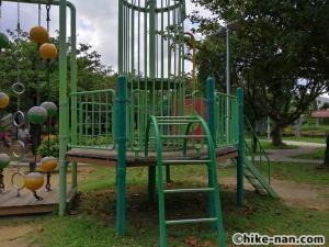 【2021年】言うことなしの大型公園!沖縄市の沖縄県総合運動公園内にある大型遊具施設に遊びに行ってみた!_アトラクション遊具19