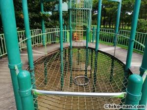 【2021年】言うことなしの大型公園!沖縄市の沖縄県総合運動公園内にある大型遊具施設に遊びに行ってみた!_アトラクション遊具6