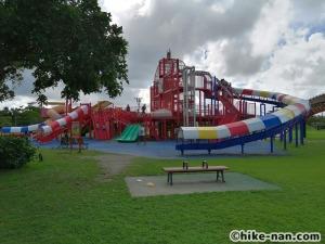 【2021年】言うことなしの大型公園!沖縄市の沖縄県総合運動公園内にある大型遊具施設に遊びに行ってみた!_大型遊具全体図