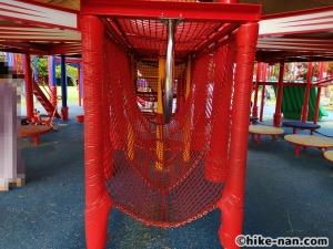 【2021年】言うことなしの大型公園!沖縄市の沖縄県総合運動公園内にある大型遊具施設に遊びに行ってみた!_大型遊具_遊具下4